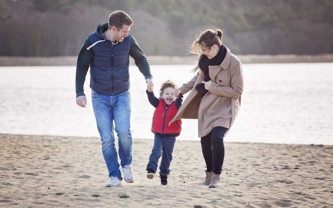 Family photography – beach shoots aren't just for summer